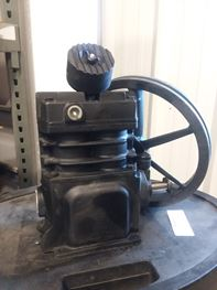 Ingersoll Rand 1-Stage Splash Lubricated Air Compressor Pump Model SS-3